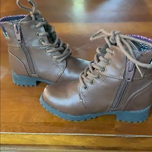 Shoes - Toddler size 7 fall boots